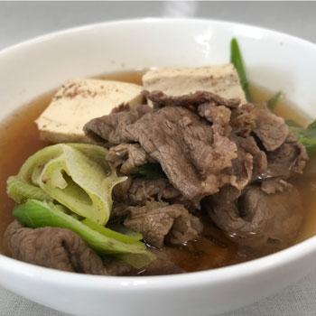 あごだしで肉豆腐